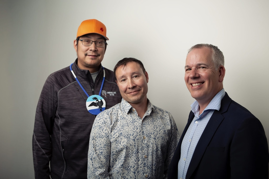 Chief Derek Maud of Lac Seul First Nation, Chief Doug Riffel of Wabauskang First Nation and PureGold CEO Darin Labrenz